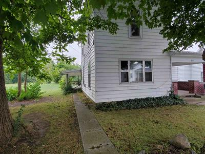 145 E GRAND ST, Dunkirk, IN 47336 - Photo 2