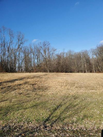 ELIZABETH LANE, Huntingburg, IN 47542 - Photo 2