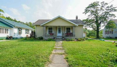 561 E WASHINGTON ST, Monticello, IN 47960 - Photo 2