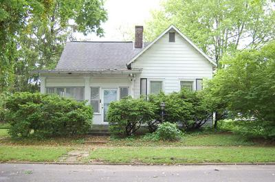 257 N MONTGOMERY ST, Spencer, IN 47460 - Photo 1