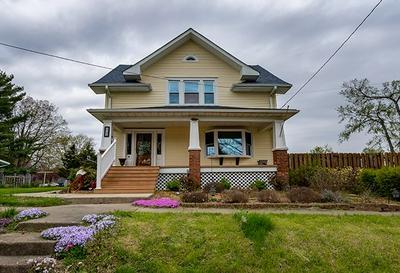 1703 PORTER AVE, Lawrenceville, IL 62439 - Photo 1