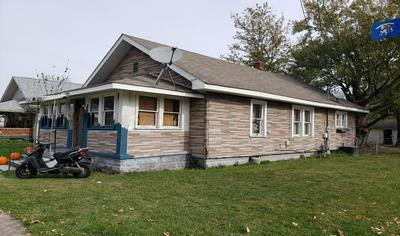 1001 MYRTLE AVE, FRANKFORT, IN 46041 - Photo 1