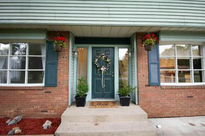 313 N MEADOW LN, Kendallville, IN 46755 - Photo 2