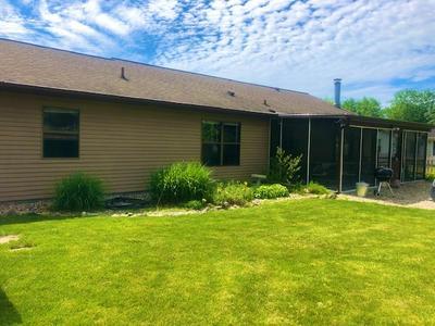 805 VILLAGE CT, Kendallville, IN 46755 - Photo 2