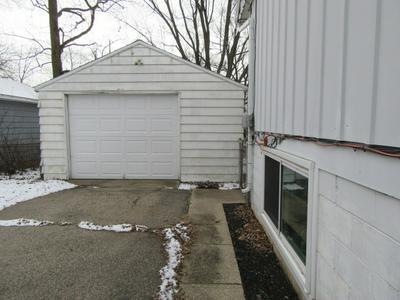 3639 WOOD ST, Elkhart, IN 46516 - Photo 2