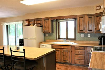5868 W CRYSTAL LAKE RD, Warsaw, IN 46580 - Photo 2
