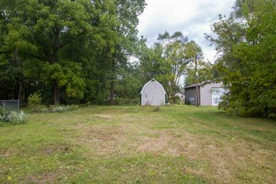 19543 DARDEN RD, South Bend, IN 46637 - Photo 2