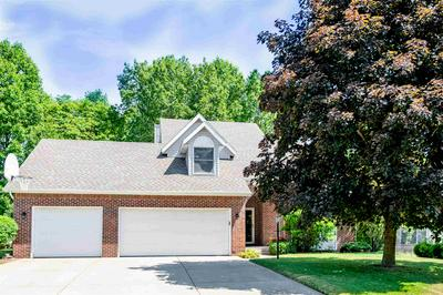 51622 MEADOW POND DR, Granger, IN 46530 - Photo 1