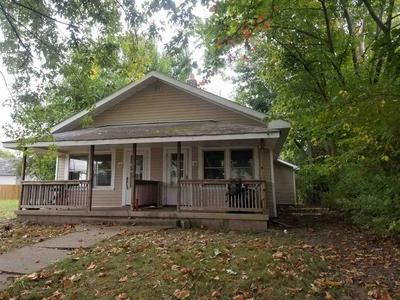 1622 S MULBERRY ST, Muncie, IN 47302 - Photo 1