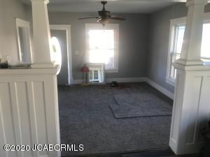 409 W RAILROAD AVE, CALIFORNIA, MO 65018 - Photo 2