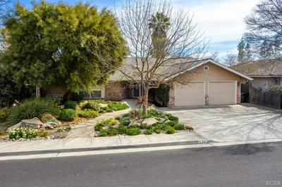 2381 ASPEN ST, Hanford, CA 93230 - Photo 2