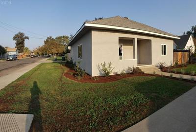 1229 N REDINGTON ST, Hanford, CA 93230 - Photo 2