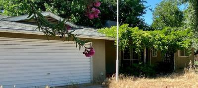 343 JUNIPER LN, Lemoore, CA 93245 - Photo 2