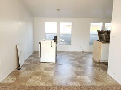10050 CAMINO RAMON, Hanford, CA 93230 - Photo 2