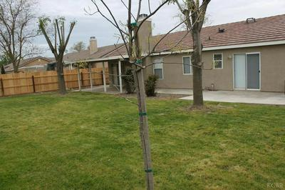 579 CORONADO PL, Hanford, CA 93230 - Photo 2