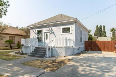428 KAWEAH ST, Hanford, CA 93230 - Photo 2