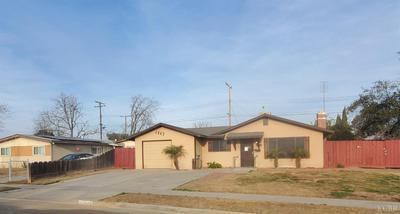 1443 BENGSTON AVE, Hanford, CA 93230 - Photo 2