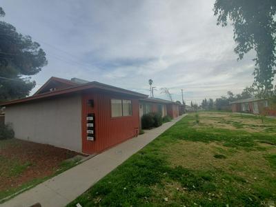 551 E MALONE ST, Hanford, CA 93230 - Photo 2