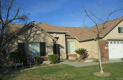 916 W WINDSOR DR, Hanford, CA 93230 - Photo 1