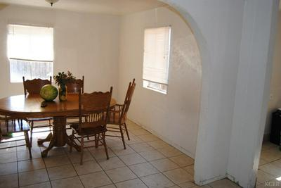 2022 E MOUNTAIN VIEW WAY, Dinuba, CA 93618 - Photo 1