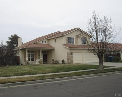 1023 KENSINGTON AVE, Lemoore, CA 93245 - Photo 2
