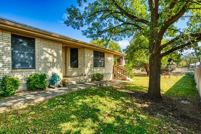 101 TIMBERWAY LN, Kerrville, TX 78028 - Photo 2