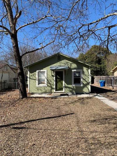 408 HUGO ST, Kerrville, TX 78028 - Photo 2