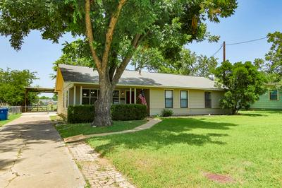 412 WESTMINSTER ST, Kerrville, TX 78028 - Photo 1