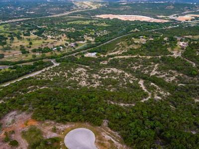 153 CENTER OAKS CT, Kerrville, TX 78028 - Photo 2