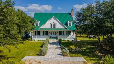 102 BROKEN SPUR DR, Mountain Home, TX 78058 - Photo 1