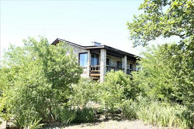 85 LIVE OAK, Kerrville, TX 78028 - Photo 2