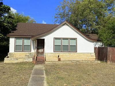 1008 TIVY ST, Kerrville, TX 78028 - Photo 1
