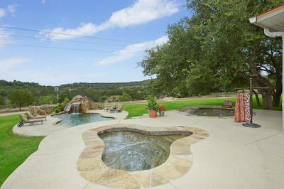 15577 STATE HIGHWAY 16 N, Medina, TX 78055 - Photo 1