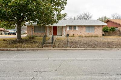 101 CRESCENT DR, Kerrville, TX 78028 - Photo 1