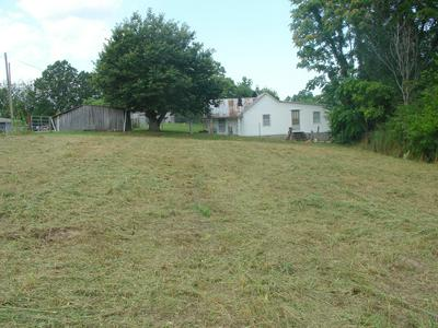 462 COUNTY LINE RD, Dandridge, TN 37725 - Photo 1