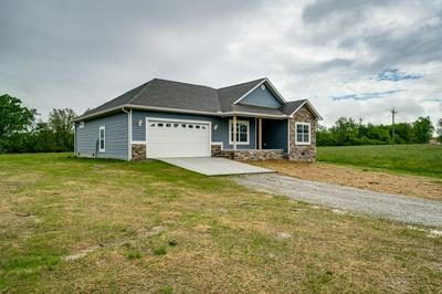 134 MATTHEWS RD, Clarkrange, TN 38553 - Photo 2