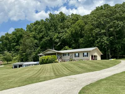126 WAYMIER RD, Sweetwater, TN 37874 - Photo 2