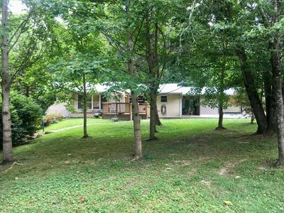 135 PEACH TREE CIR, Wartburg, TN 37887 - Photo 2