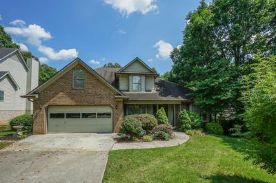 3704 S VIEW CIR, Knoxville, TN 37920 - Photo 2