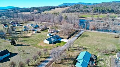 807 CANEY HOLLOW RD, NEWPORT, TN 37821 - Photo 2