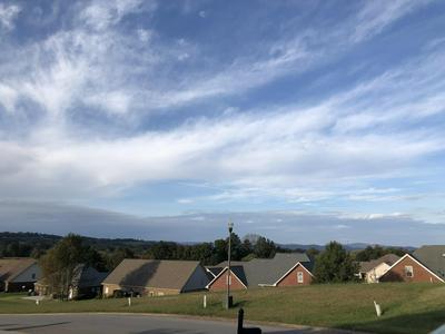 416 KENSINGTON DR, Morristown, TN 37814 - Photo 2
