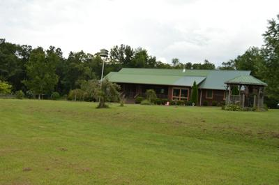 1400 OLD BEAN SHED RD, Clarkrange, TN 38553 - Photo 2