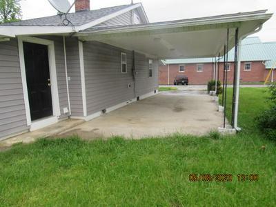 313 N CHURCH ST, Wartburg, TN 37887 - Photo 2