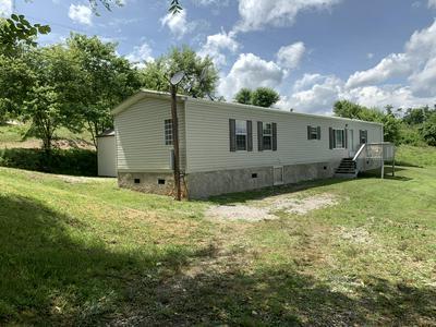 437 BLAND RD, Clinton, TN 37716 - Photo 1