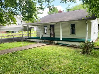 517 HENDRICKSON ST, Clinton, TN 37716 - Photo 1