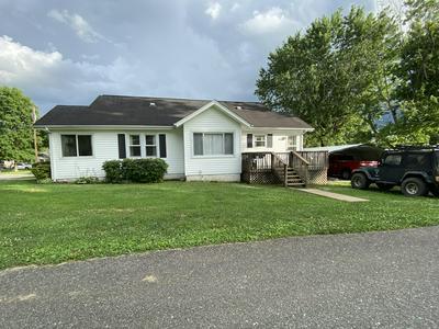 172 HARLESS AVE, Jonesville, VA 24263 - Photo 2