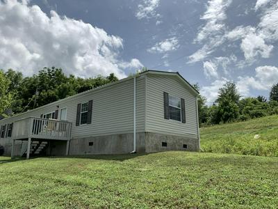 437 BLAND RD, Clinton, TN 37716 - Photo 2