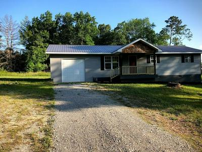564 MARY CROMWELL RD, Jamestown, TN 38556 - Photo 1