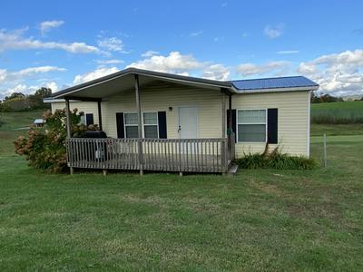 204 LILAC LN, Jonesville, VA 24263 - Photo 2