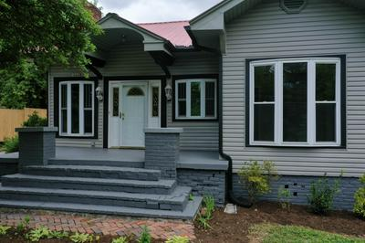 800 HENDRICKSON ST, Clinton, TN 37716 - Photo 2